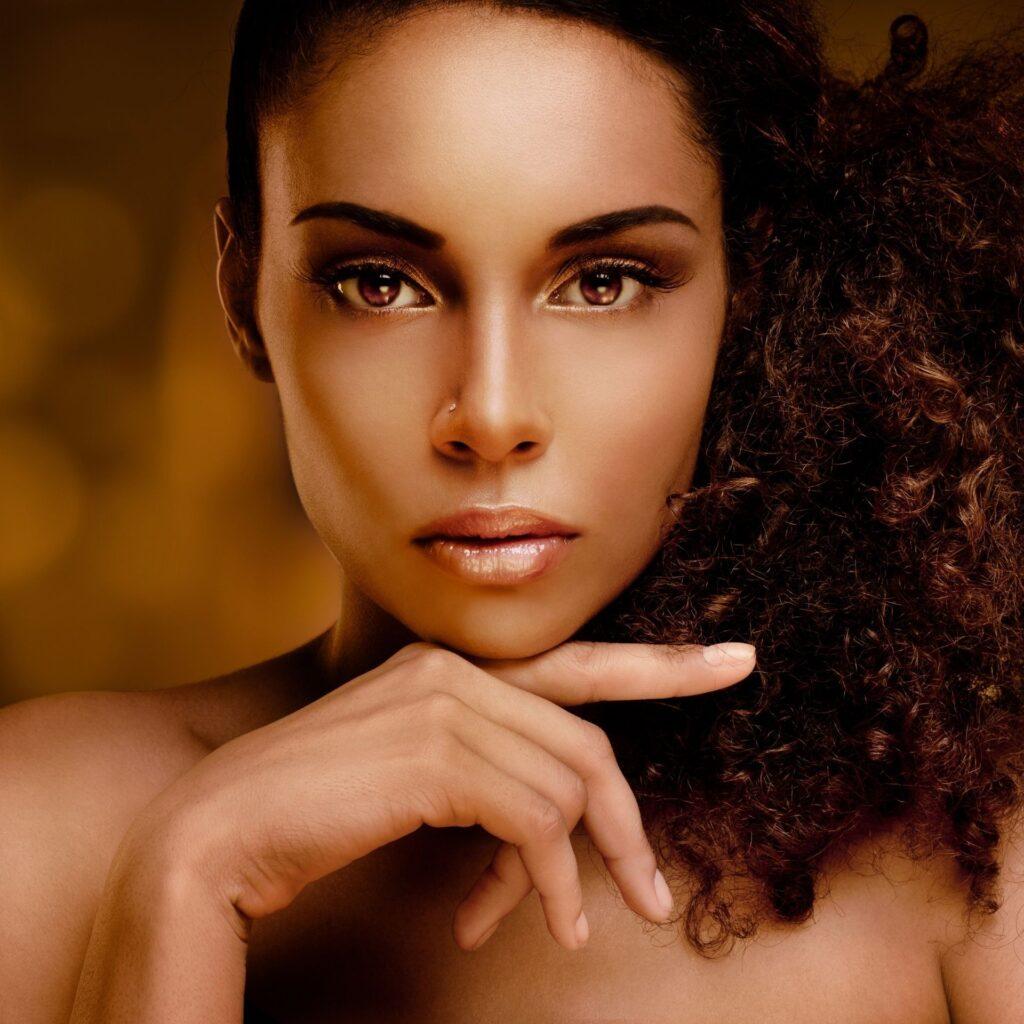 Découvrez tous les produits soins et de défrisages Vitale Olive Oil sur beautycoiffure.com