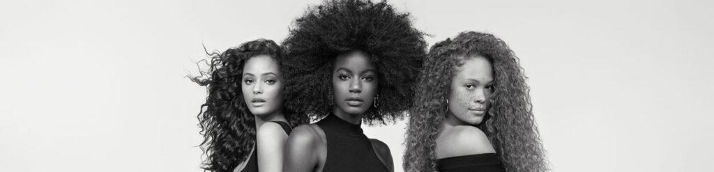 Retrouvez la gamme de soin pour cheveux bouclés, Curl Manifesto de Kérastase, sur beautycoiffure.com.