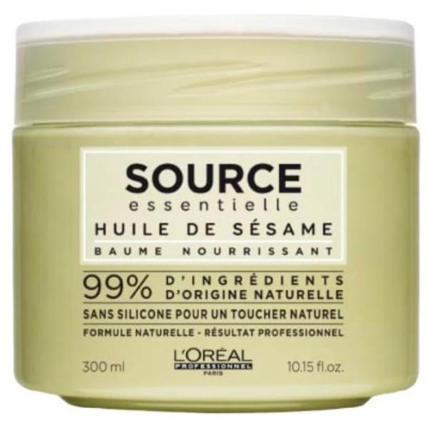 Découvrez le baume à l'huile de Sésame Source Essentielle de L'Oréal Professionnel, à retrouver sur beautycoiffure.com.