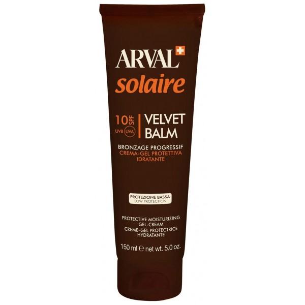 Découvrez la crème Gel Protectrice Hydratante SPF10 d'Arval pour se protéger du soleil, à retrouver sur beautycoiffure.com.