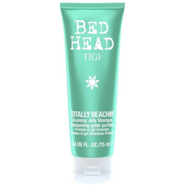 Shampooing Tige Bed Head Totally Beach In, en format 75 ml, à retrouver sur beautycoiffure.com.