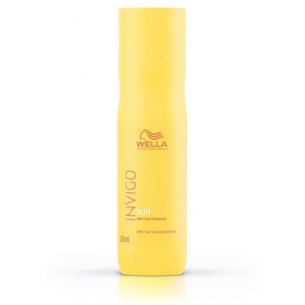 Shampooing nettoyant après-soleil Invigo Sun de Wella, à retrouver sur beautycoiffure.com.