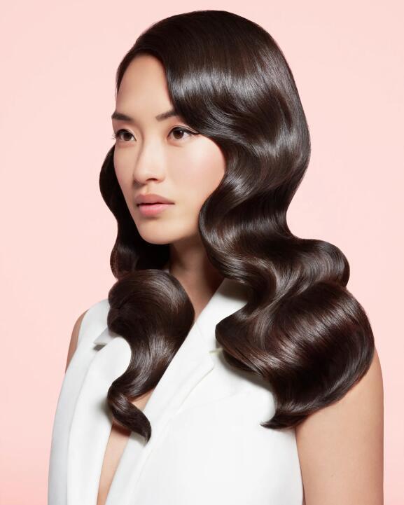 Découvrez les soins cheveux de la marque française René Furterer sur Beauty Coiffure