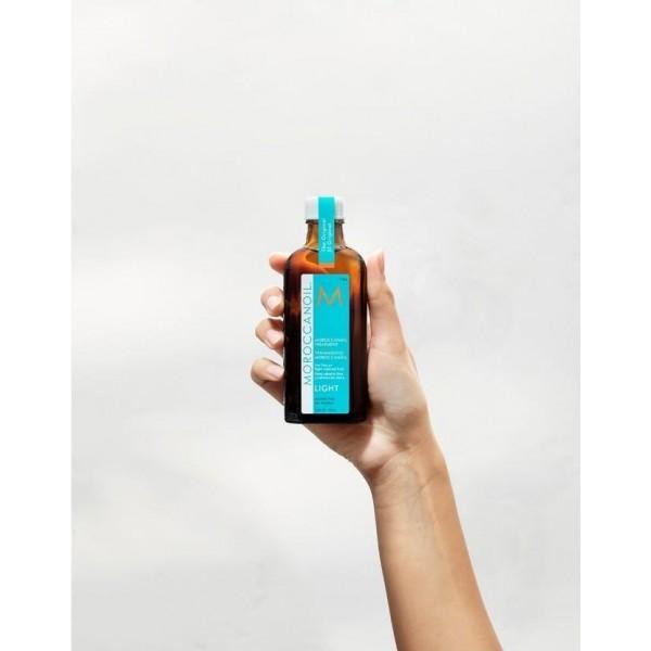 Soin Original light cheveux fins Moroccanoil, à retrouver sur beautycoiffure.com.